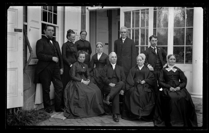 Marriott C. Morris, Family group at back porch of 4782 Main St. Father, Bess, Hannah, Mother, Aunt Lydia, Uncle Charles Rhoads, Auntie Beulah. Geo. S. Morris & Catherine Harman, 1889.